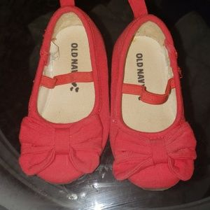 Old Navy toddler shoes size 5 red Flats with bow